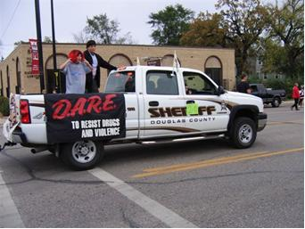 Sheriff truck with DARE banner