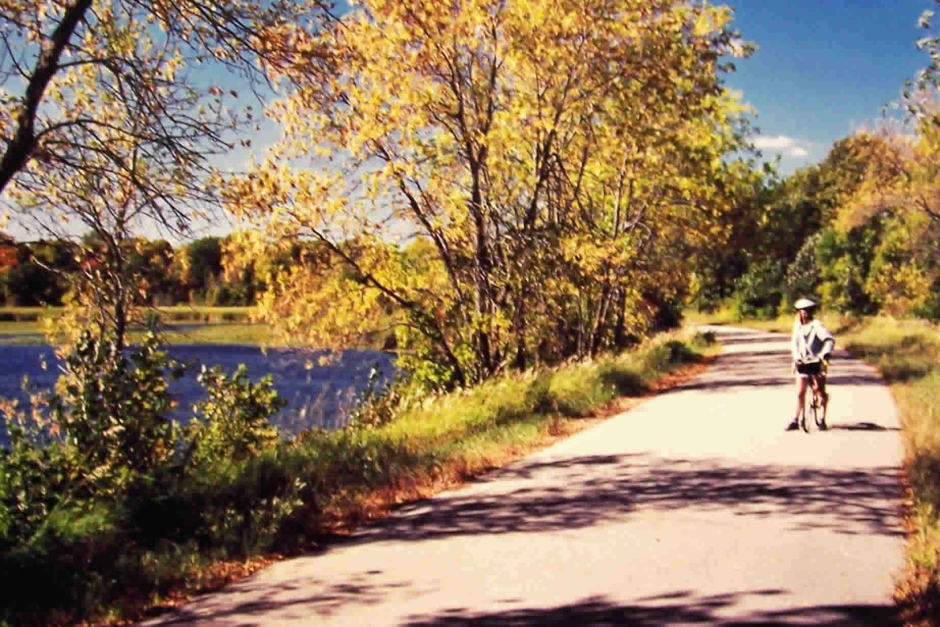 Fantastic Bike Walking Trail At Central Lakes Trail In